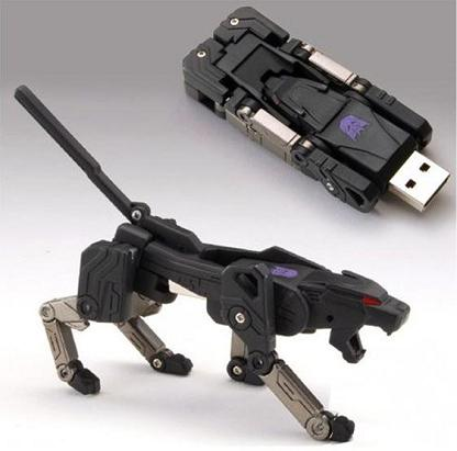 Ravage Transforming USB Flash Drive