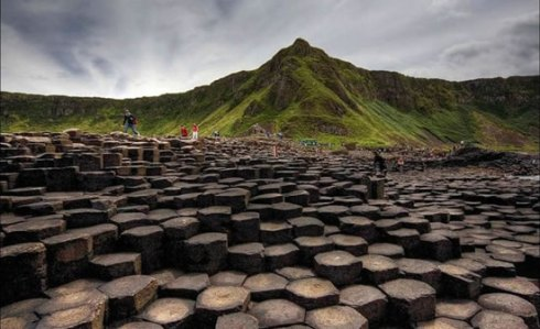 the giants causeway MOUNTIANS